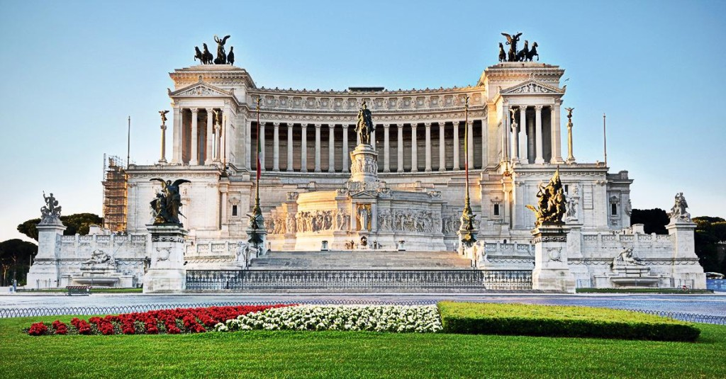 Piazza Venezia - Rome private tour - rusrim