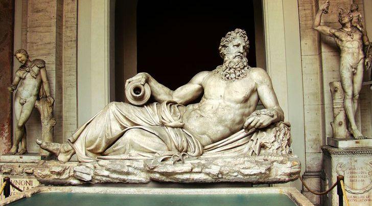 Statue of Neptune - Vatican individual tour