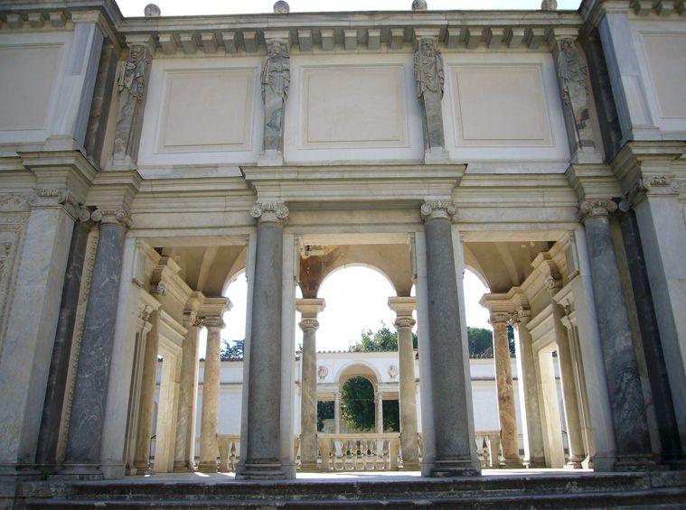 loggia degli amanti Villa Giulia Roma
