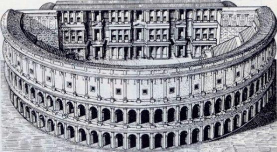 Teatro Marccello - old roman architecture excursion