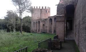 roman walls tours