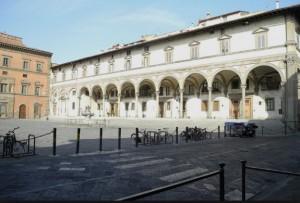 Piazza santissima Annunziata - Florence car tours