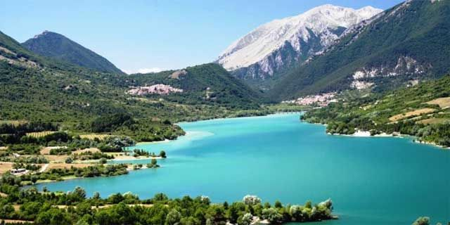 abruzzo car tour from rome