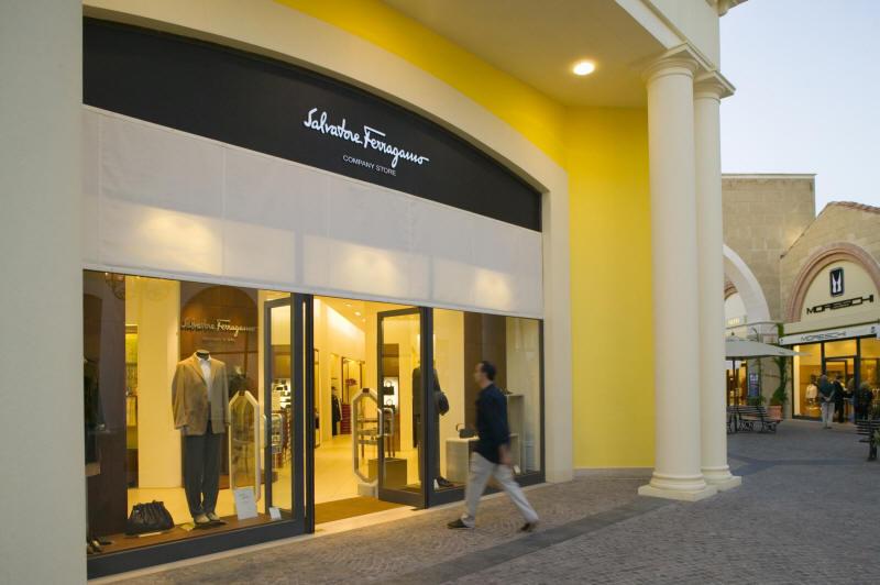 Salvatore Ferragamo - Castel outlet romano - Rome shopping tour