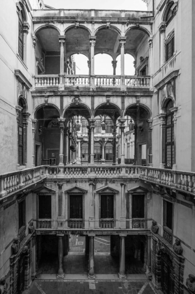 Консерватория музыки в Венеции - Палаццо Пизани - экскурсия по Венеции