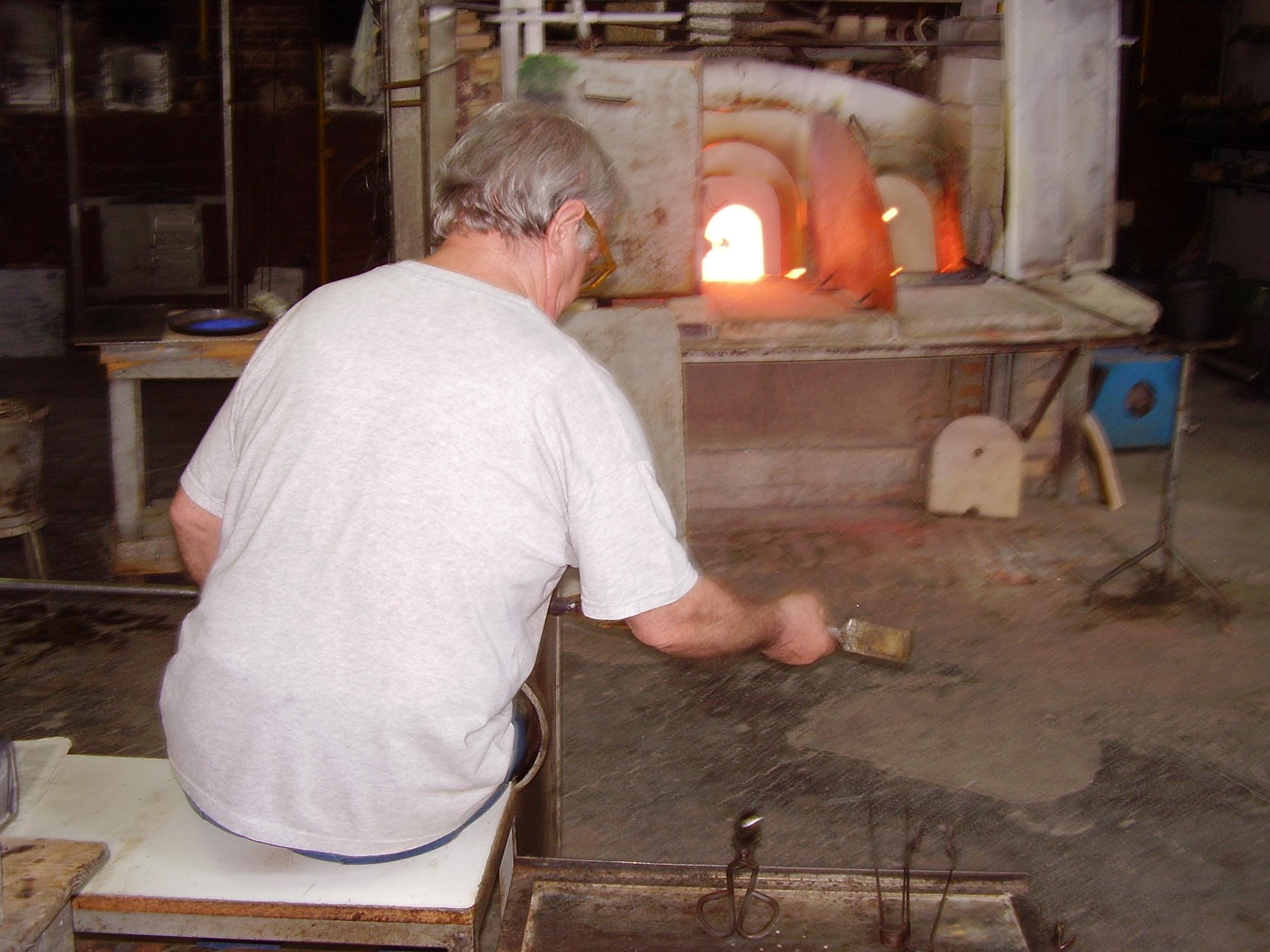Glassmaker in Murano - Venice private tour