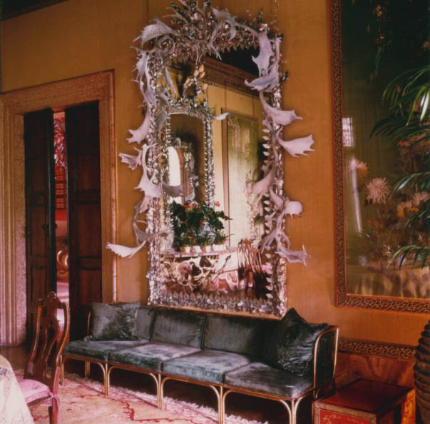 Palazzo Brandolini mirror - Venice private guide