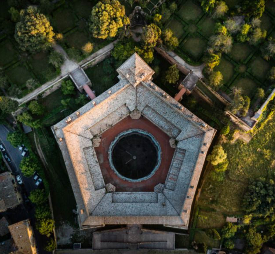 Palazzo Farnese - Caprarola - Italy private guide
