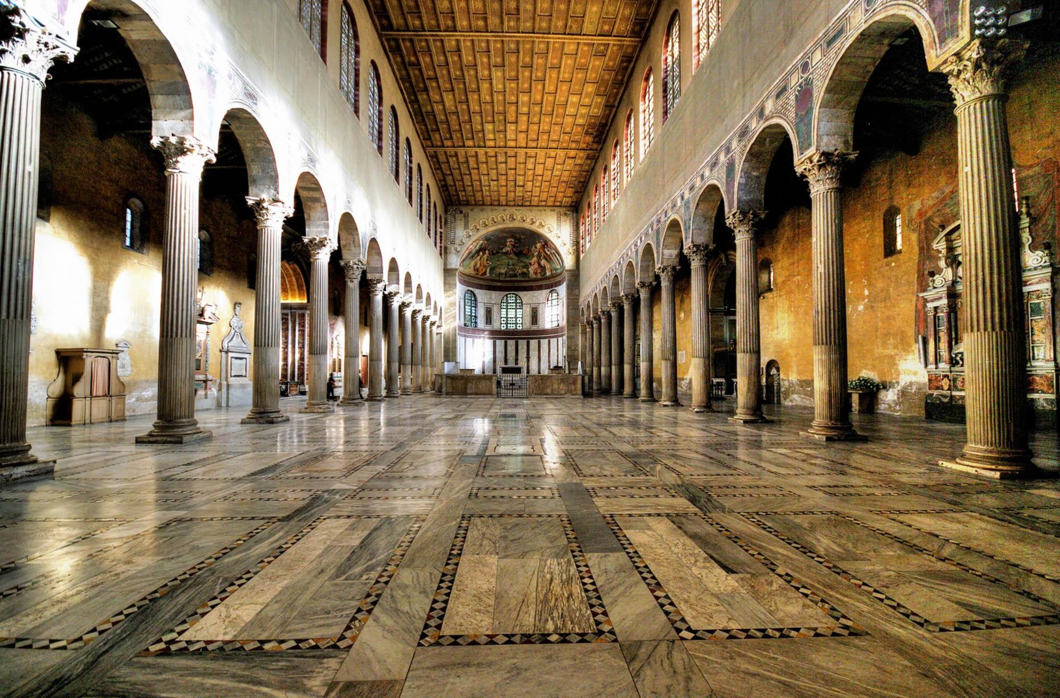 Базилика Санта Сабина - Рим