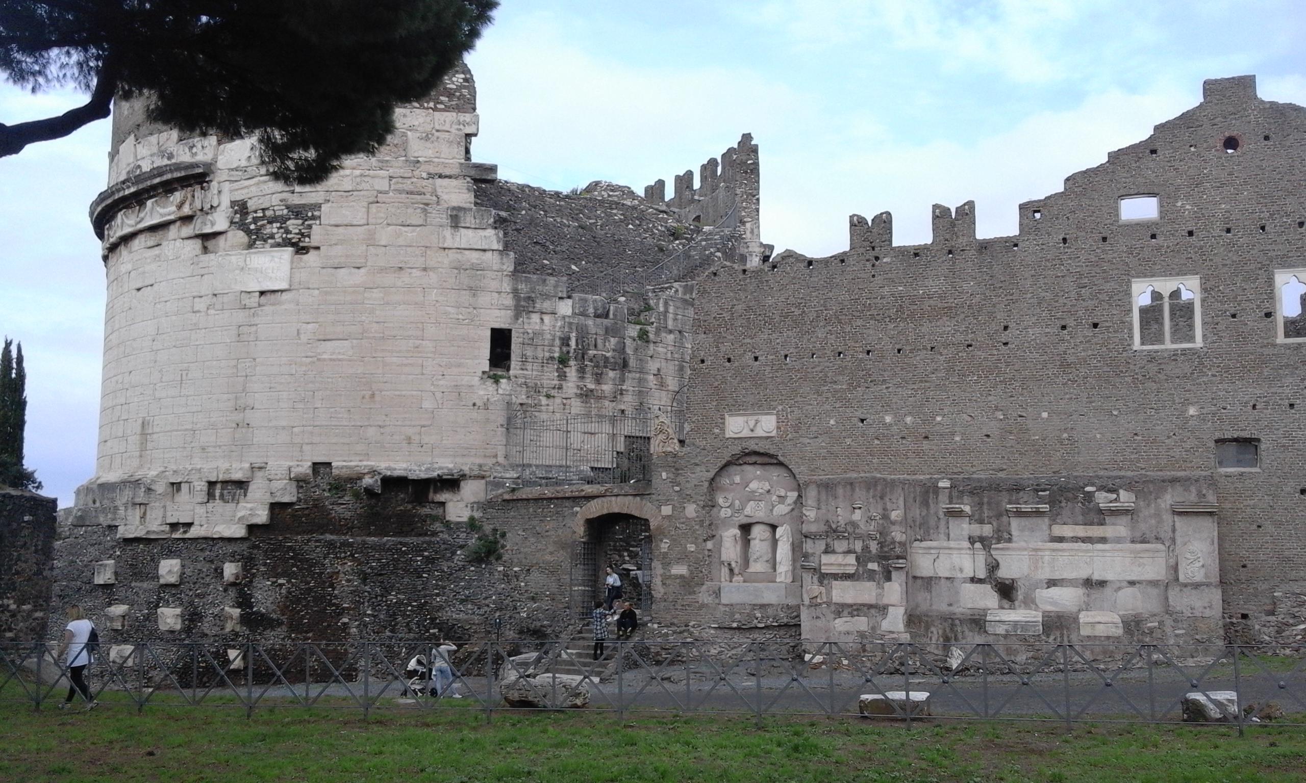 Гробница Чечилия Метелла в Рим - Екскурзии на български в Рим