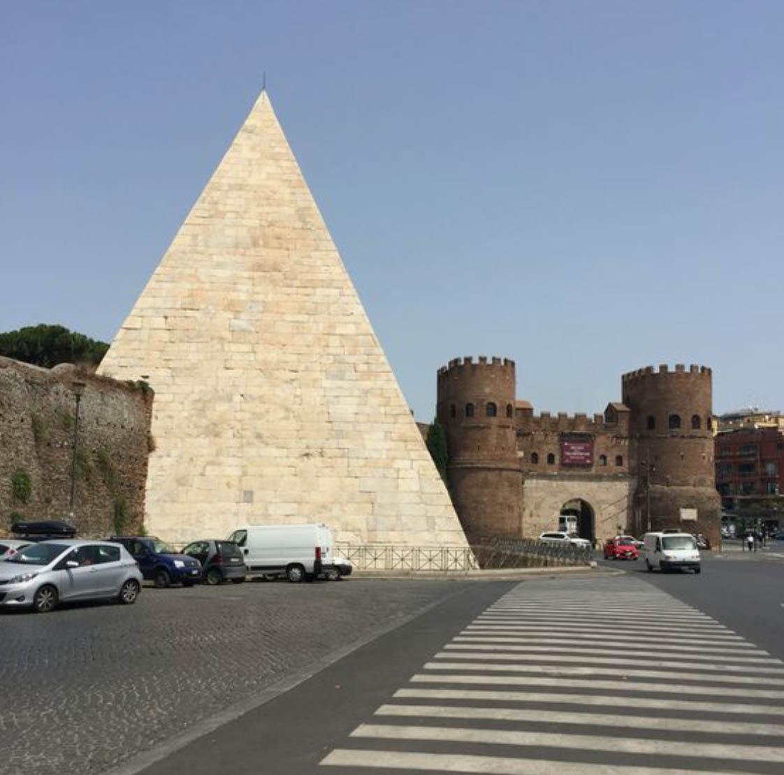 Пирамида Честиа - Piramide Cestia Roma