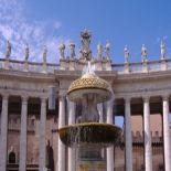 Colonnade de San Pietro