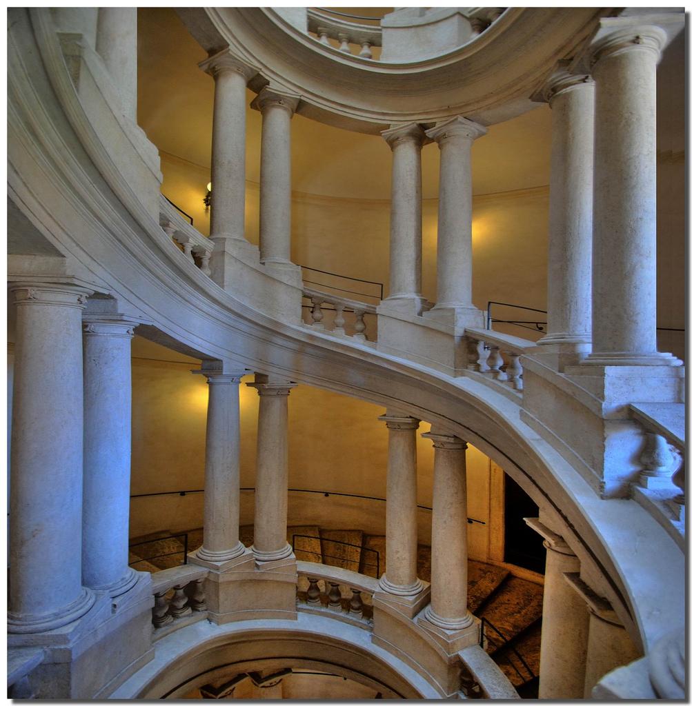 Escaliers de Palais Barberini - Rome